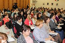 Országos tudományos módszertani konferencia a kisgyermeknevelésről
