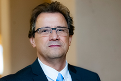 Prof. Dr. Zsengellér József