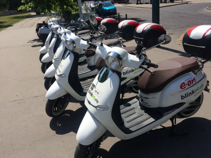 Közösségi robogómegosztó szolgáltatás indult Budapesten