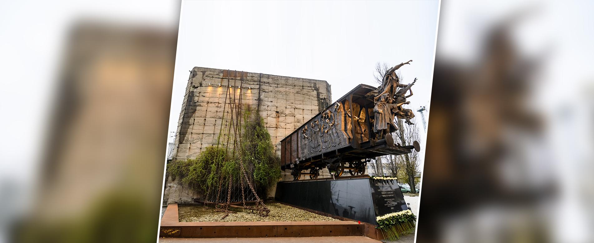 Kültéri kiállítás emlékeztet a szovjet fogságba került honfitársainkra